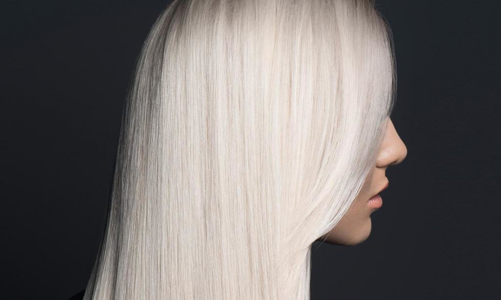 покрасилась в блондинку желтизна