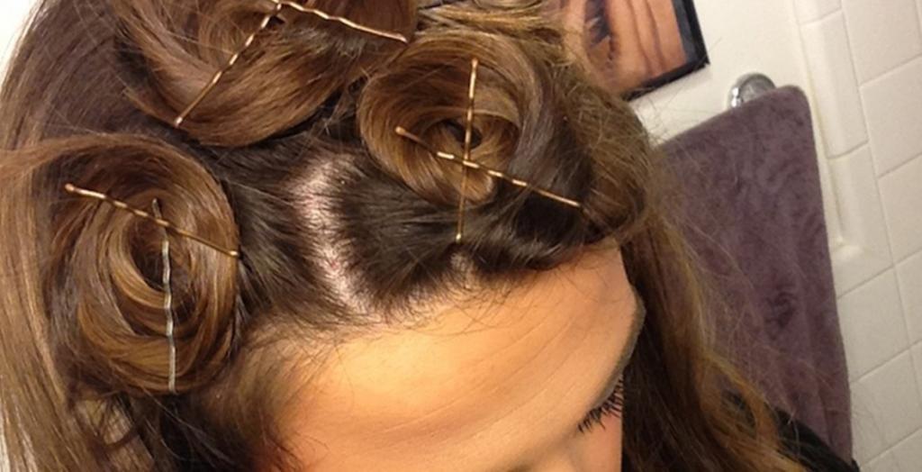 Кольца из волос и невидимки