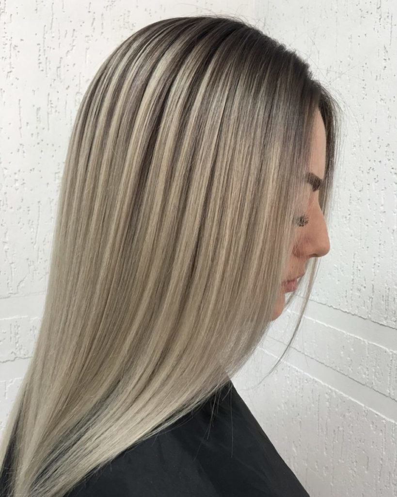 Растяжка цвета на волосах от темного к светлому