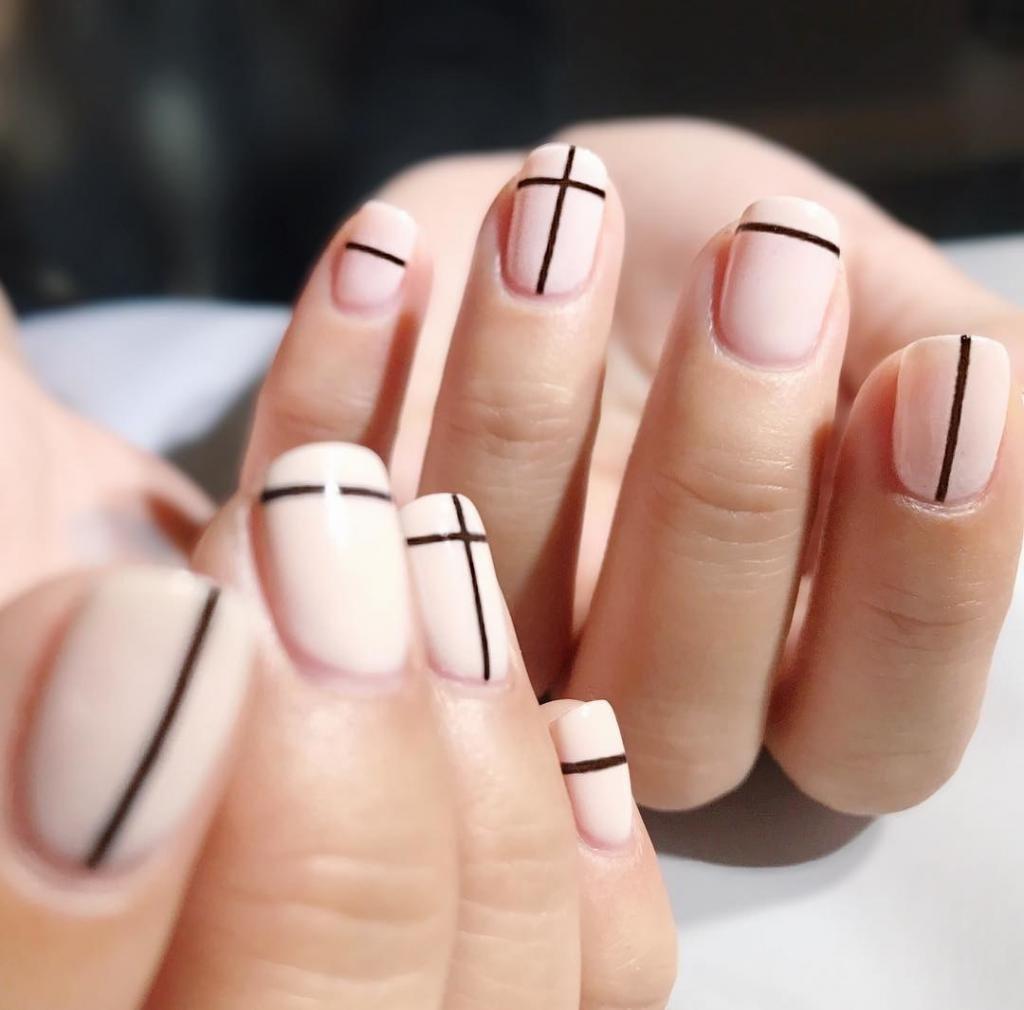 двухцветные ногти