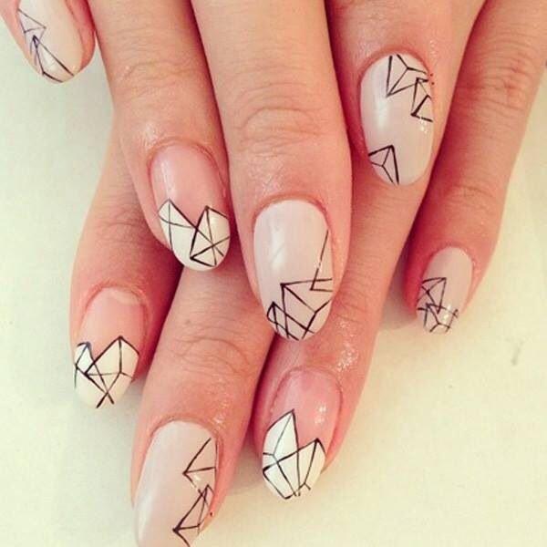 льдины на ногтях