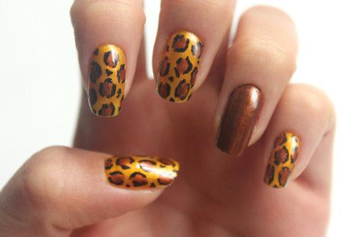 красивые леопардовый маникюр