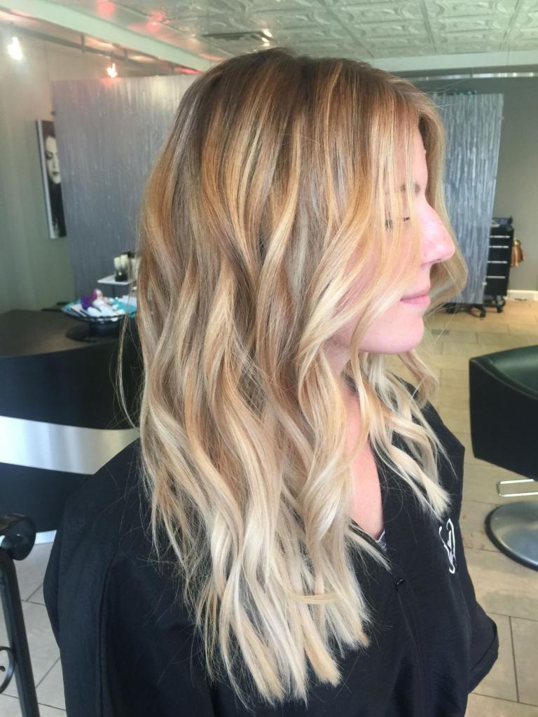 Шатуш на русые волосы короткие