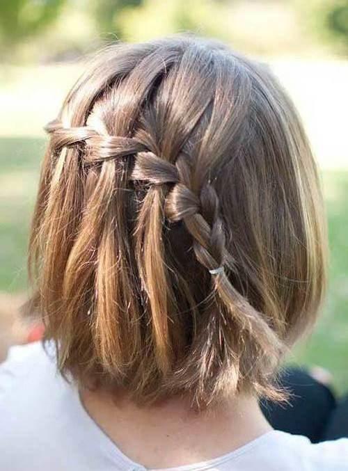 Как заплести косички на короткие волосы самой себе