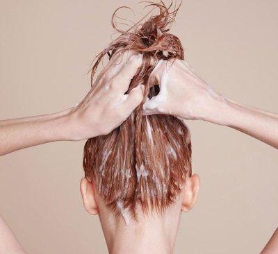 Осветление волос перекисью водорода: пошаговая инструкция, результаты, отзывы