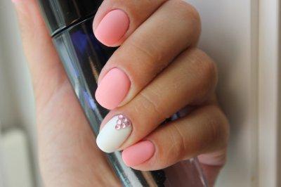 Маникюр на короткие ногти (нежные цвета): идеи, модные тенденции