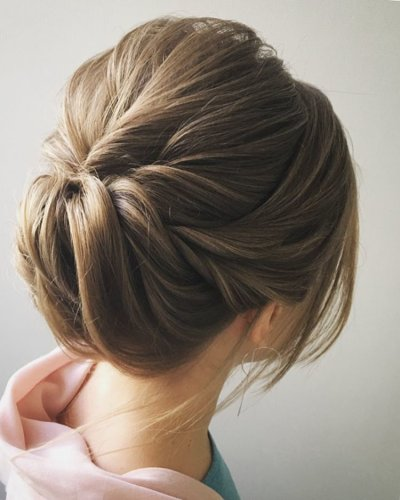 Прически с валиком для волос: пошаговое выполнение