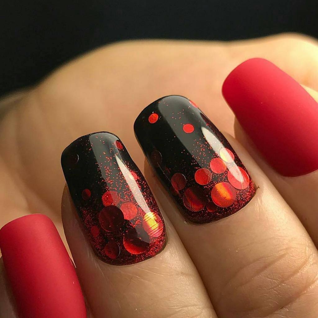 Красный, черный и необычный дизайн