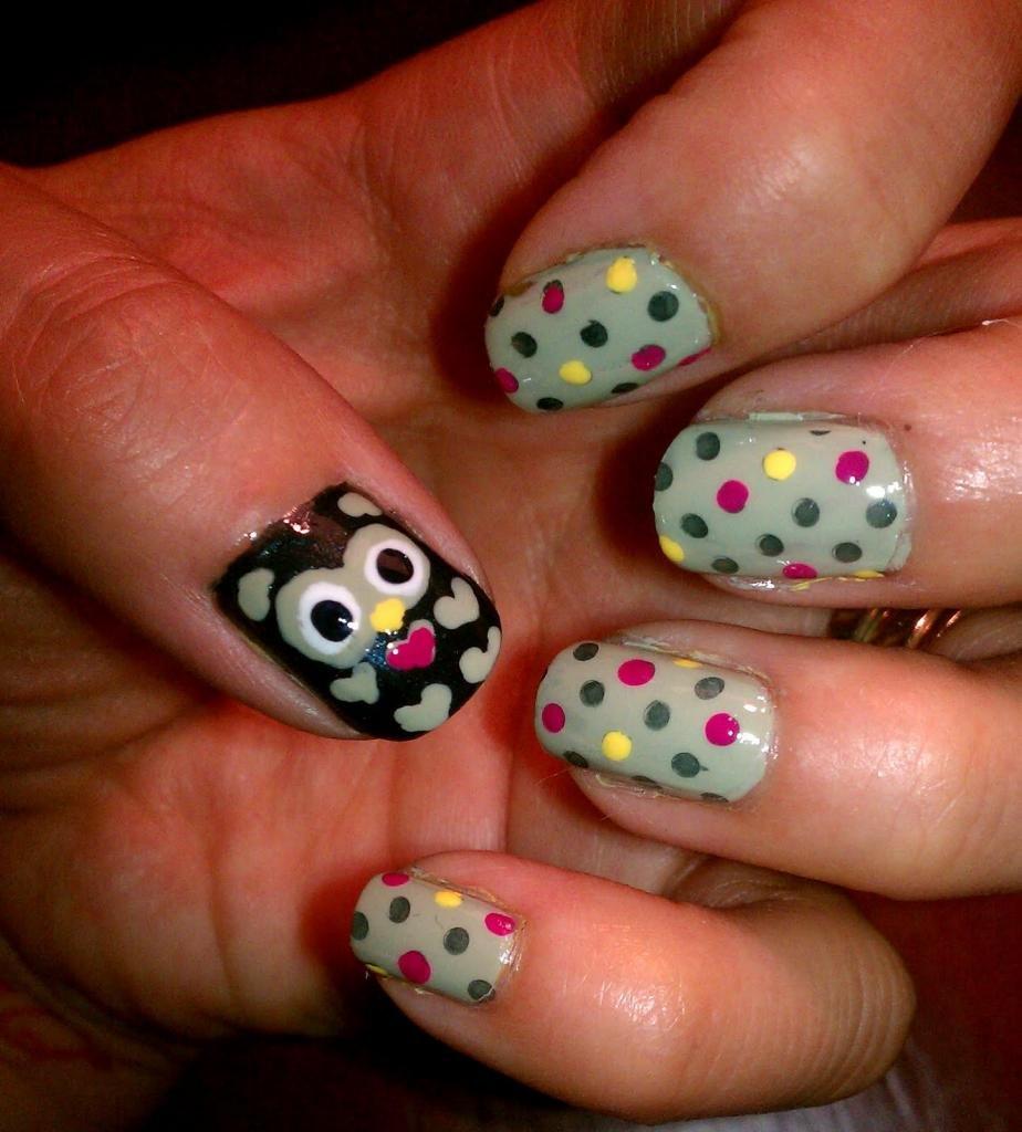 Сова на коротких ногтях