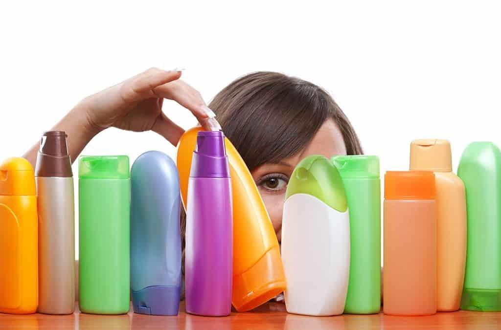 Как выбрать шампунь для окрашенных волос
