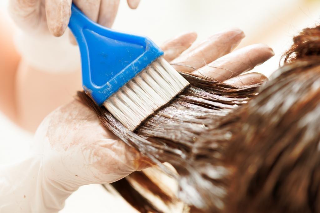 Окрашивание волос химической краской
