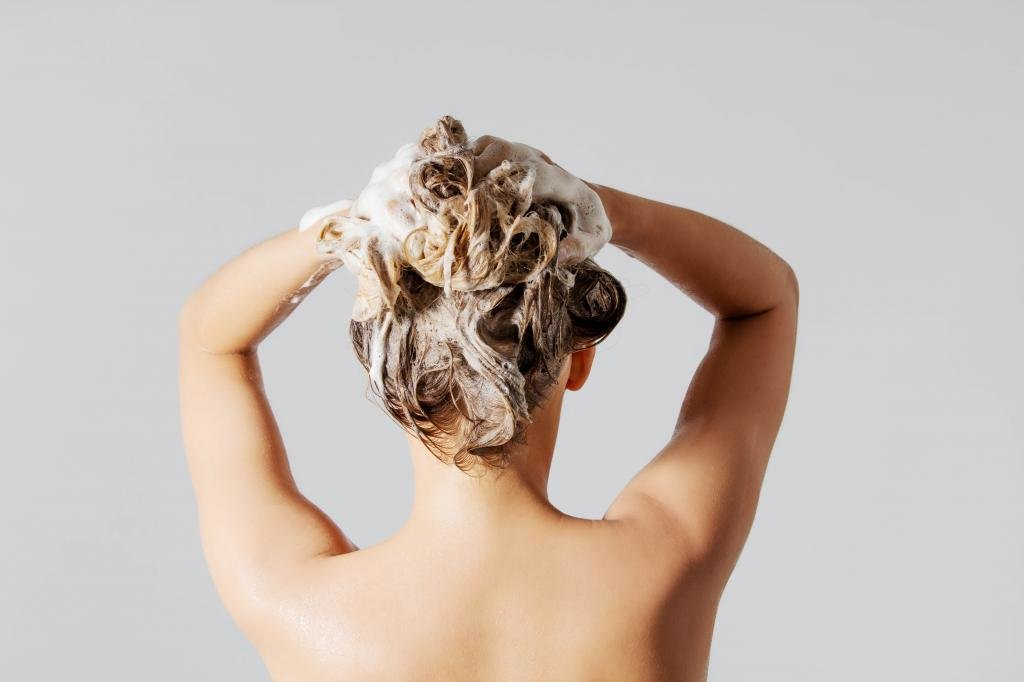 Использование оттеночного шампуня