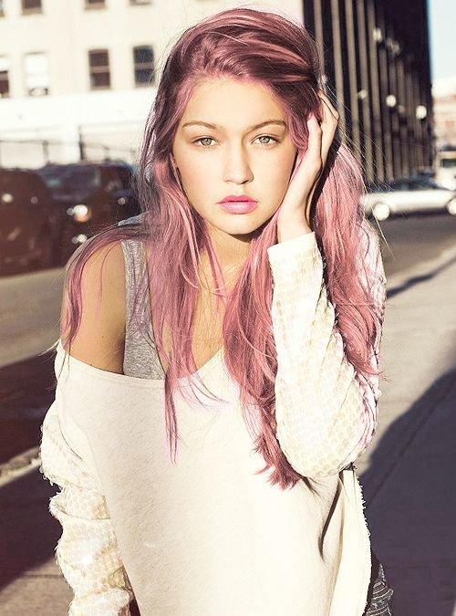 Как покрасить волосы в розовый