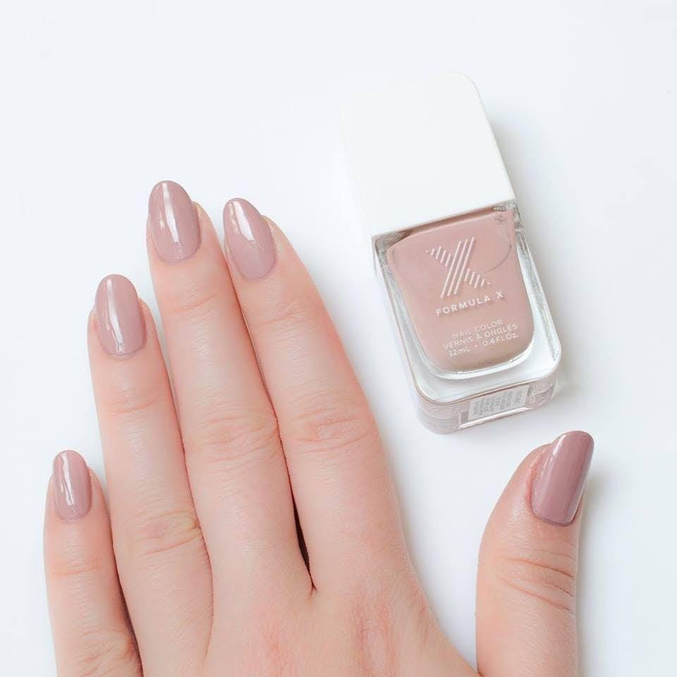 Телесные ногти