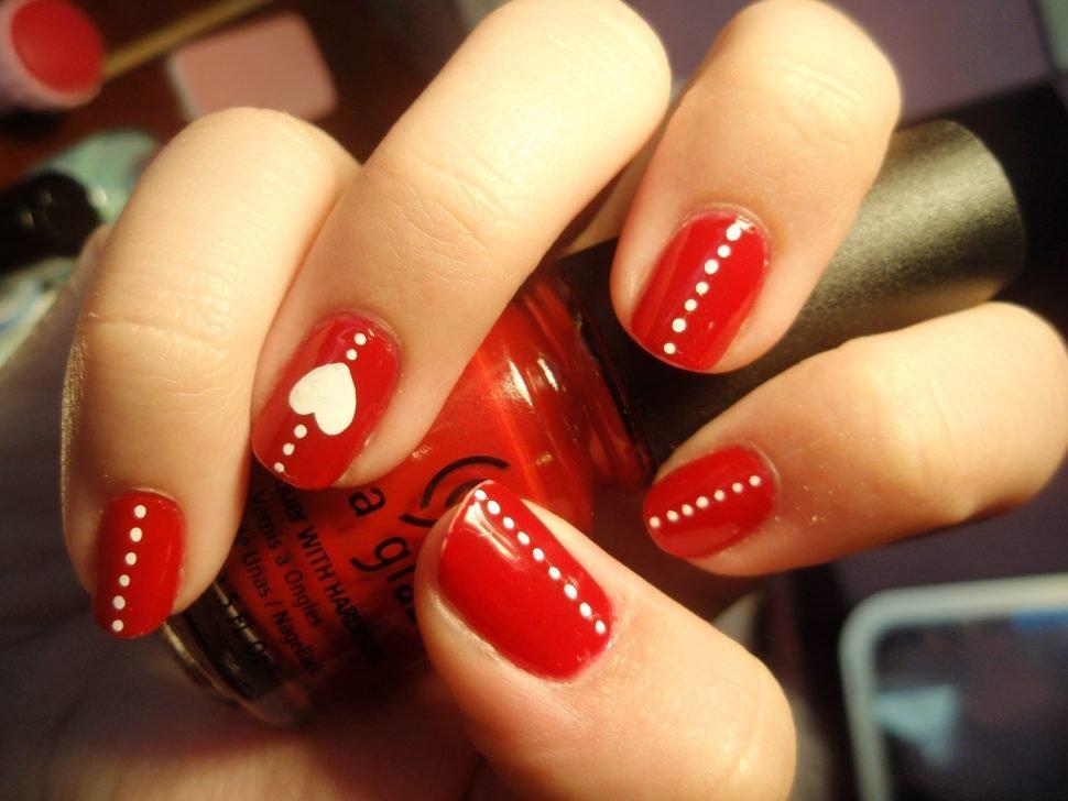ногти красные