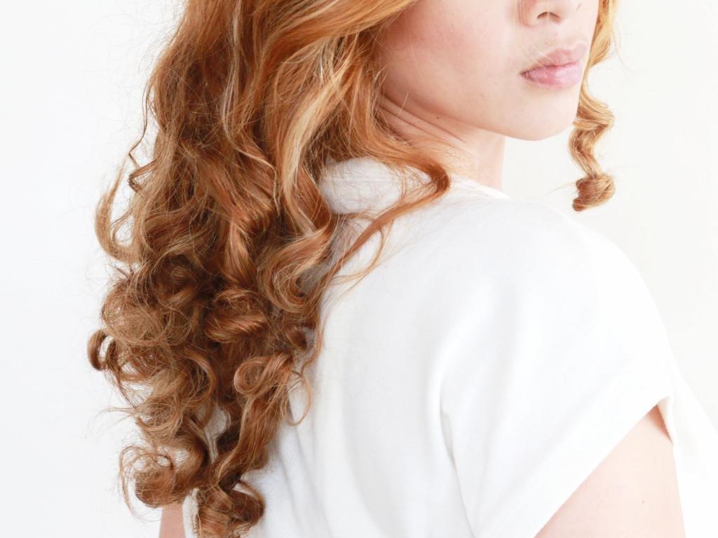 Завивка волос на утюжок - правила